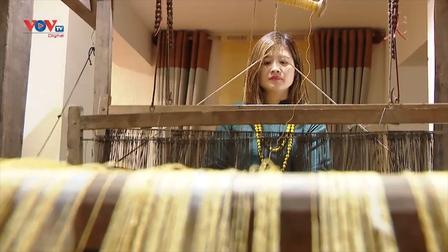 Khôi phục làng nghề dệt đũi Nam Cao