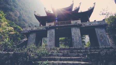 Việt Nam đẹp tuyệt vời trong những thước phim nhuốm màu thời gian