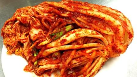 """Các """"anh hùng bàn phím"""" Hàn Quốc và Trung Quốc đại chiến vì Kimchi"""