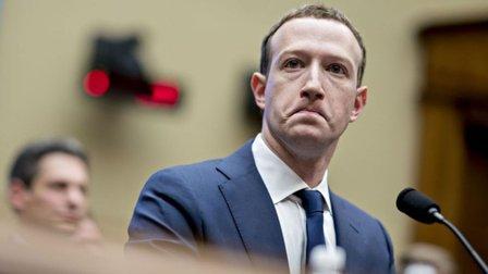 Mô hình kinh doanh độc quyền nguy hiểm của Facebook