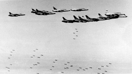 Nhìn lại chiến thắng Điện Biên Phủ trên không