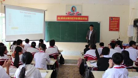 Trong tháng 12 sẽ trình Thông tư bỏ yêu cầu chứng chỉ ngoại ngữ, tin học đối với giáo viên