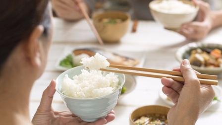 Sai lầm khi ăn cơm