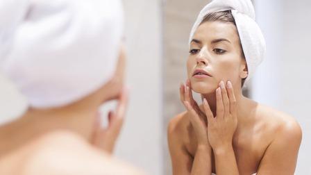7 cách đơn giản chăm sóc da mùa lạnh để chống khô da, sạm da