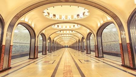 Khám phá nét đẹp tráng lệ của nhà ga metro ở Moskva