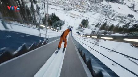 Cú nhào lộn ngoạn mục của vận động viên trượt tuyết Fabian Bosch