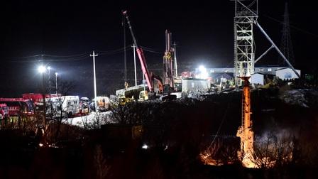 Trung Quốc: Nỗ lực khẩn trương giải cứu thợ mỏ mắc kẹt trong lòng đất