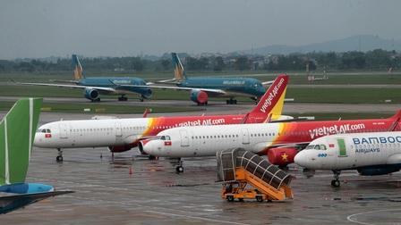 Nhiều chuyến bay phải 'né' sân bay Nội Bài vì sương mù