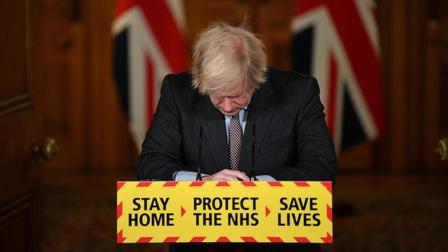 Thủ tướng Anh nhận trách nhiệm khi nước này là quốc gia châu Âu đầu tiên vượt 100.000 ca Covid-19