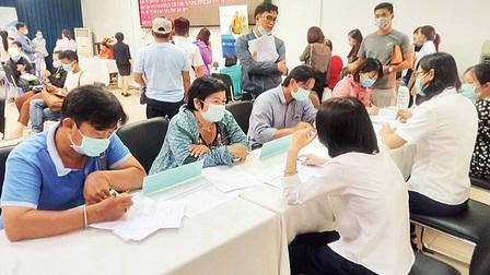 Thị trường việc làm khởi sắc dịp cận Tết