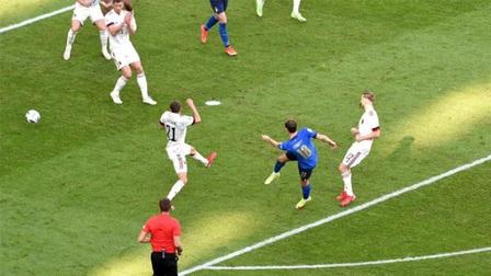 3 lần được khung gỗ cứu thua, Italia lại khiến Bỉ ôm hận