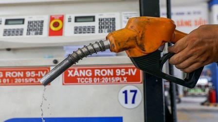 Nguy cơ lạm phát do giá xăng dầu tăng phi mã?
