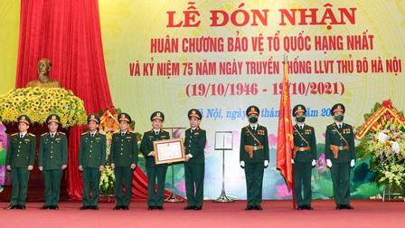 Phát huy truyền thống anh hùng, xây dựng Lực lượng vũ trang Thủ đô Hà Nội vững mạnh