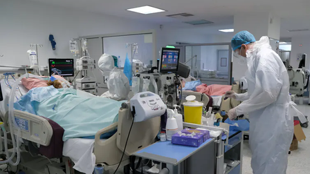 Australia cấp phép thuốc Ronapreve điều trị Covid-19