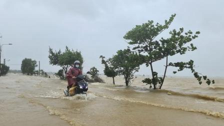 Thời tiết hôm nay: Không khí lạnh tăng cường, mưa lớn ở Trung Bộ