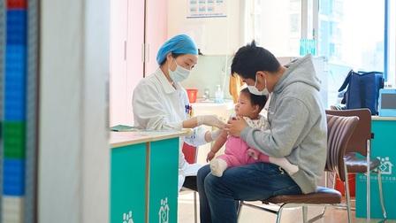 Ủy ban Y tế QG Trung Quốc cảnh báo nguy cơ 'cúm chồng Covid-19'