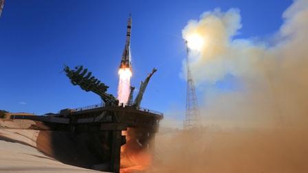 Diễn viên và đạo diễn Nga đã 'cập bến' ISS để làm phim trong không gian vũ trụ