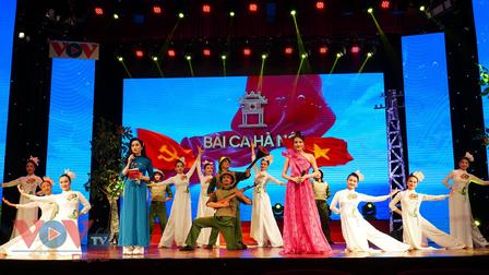 Chương trình nghệ thuật 'Bài ca Hà Nội' mừng ngày Giải phóng Thủ đô