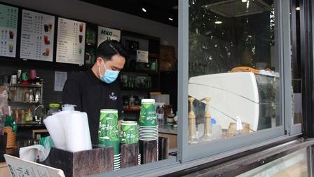 Cửa hàng ăn uống ở TP.HCM lo vắng khách sau thời gian dài giãn cách
