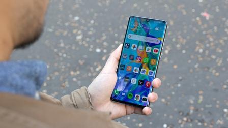 Người dùng toàn cầu tiêu thụ hơn 1,2 tỷ điện thoại thông minh trong năm 2020