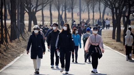 Người nước ngoài nhập cảnh Hàn Quốc phải có xét nghiệm âm tính với Covid-19