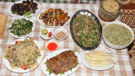 Lên Sơn La khám phá món ăn đặc sản từ hoa ban