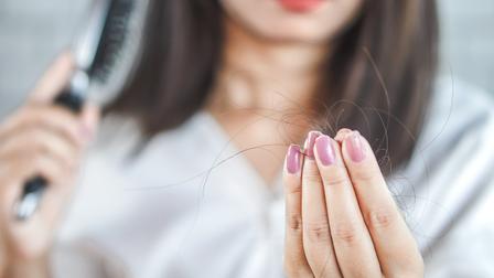Hiện tượng rụng tóc không hề đơn giản như bạn nghĩ