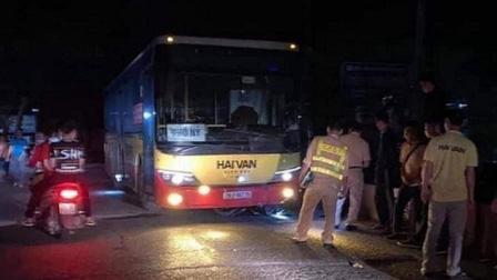 Một tuần xảy ra 3 vụ tai nạn do xe buýt, Hà Nội chấn chỉnh cách nào?