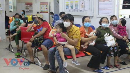 Đà Nẵng: Trẻ mắc bệnh về tiêu hóa nhập viện tăng