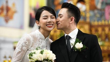 Nhan sắc trong trẻo của vợ Phan Mạnh Quỳnh