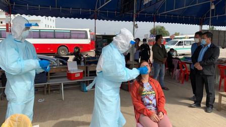 Campuchia đóng cửa nhiều chợ ở Phnom Penh để ngăn dịch lây lan