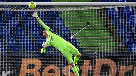 Getafe 0-0 Real Madrid: Los Blancos vừa thăng hoa đã hụt hơi