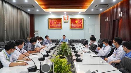 Bệnh viện Chợ Rẫy khẩn cấp chi viện 13 y bác sĩ đến Kiên Giang phòng chống dịch Covid-19