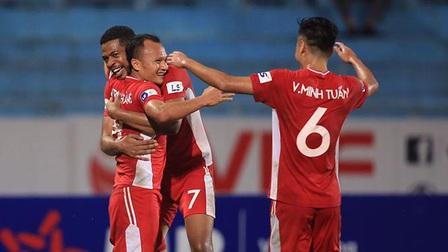 Viettel 3-0 Sài Gòn: Vùi dập kẻ khốn cùng