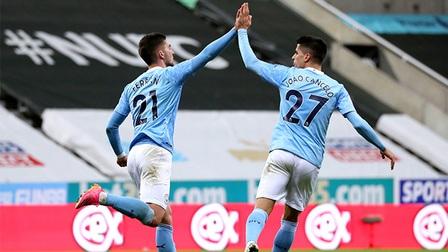 Newcastle 3-4 Man City: Tiệc bàn thắng chào đón tân vương