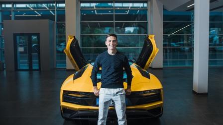 Chi tiết siêu xe Lamborghini Aventador S Roadster của Paulo Dybala