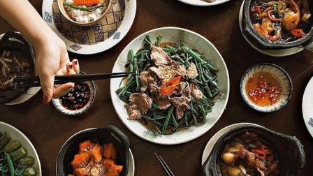 Hóa ra người Việt cũng có 'luật dùng đũa' trên bàn ăn khắt khe thế này