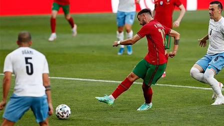Bồ Đào Nha 4-0 Israel: Ronaldo đe dọa kỷ lục của Daei