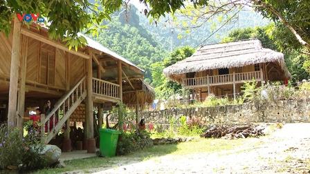 Tiền Phong, Hòa Bình phát triển du lịch cộng đồng