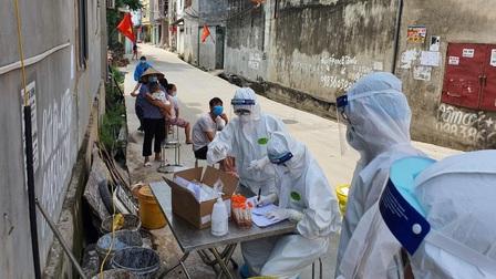 Bắc Giang: Phê bình chủ tịch UBND huyện vì để phát sinh F0 trong khu cách ly tập trung