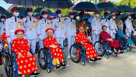 Đề xuất mức hưởng trợ cấp ưu đãi hàng tháng đối với Mẹ Việt Nam Anh hùng