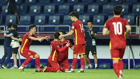 Việt Nam 4-0 Indonesia: Hủy diệt những 'võ sỹ' Indonesia