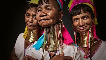 Chân dung các bộ lạc độc đáo trên thế giới