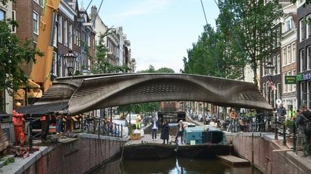 Cây cầu in 3D độc đáo khai trương tại Amsterdam