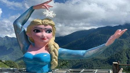Sa Pa: Tạm dừng hoạt động cơ sở có tượng Nữ hoàng băng giá Elsa