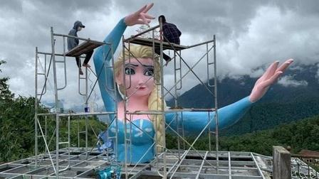 Thị xã Sa Pa vận động chủ cơ sở tháo dỡ tượng 'Nữ hoàng băng giá'