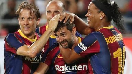 Barca thua ngược Real trong trận Siêu kinh điển giữa các huyền thoại