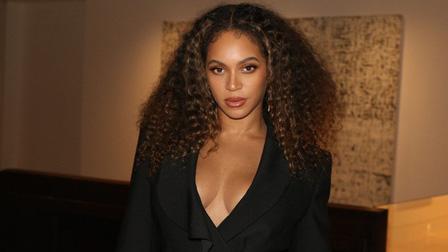 Biệt thự của Beyoncé bốc cháy dữ dội