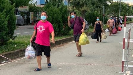 730 bệnh nhân COVID-19 ở Bệnh viện Dã chiến số 8 TP.HCM xuất viện