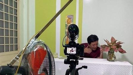 Dịch Covid-19 hoành hành mạnh, nghệ sĩ Việt quay game show tại nhà